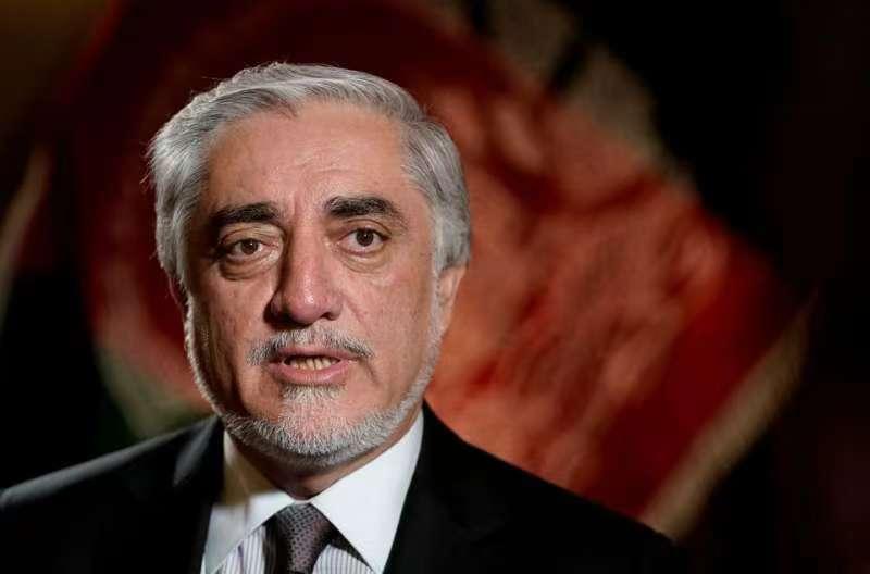 阿富汗政府代表团在多哈与塔利班展开谈判