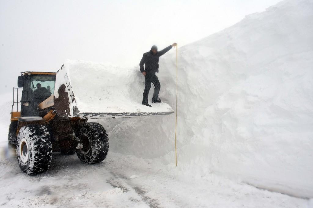 土耳其迎来大雪 部分地区积雪厚达5米