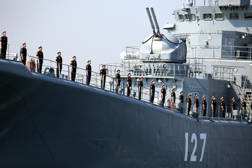 俄罗斯海军节阅兵将至 海军举行阅兵彩排插图(2)