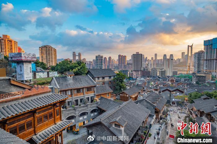国庆假期民航运输旅客近930万人次 川渝等地为热门目的地