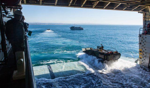 美国海军陆战队证实其新一代两栖战车存在故障,刚服役就全部被停用!
