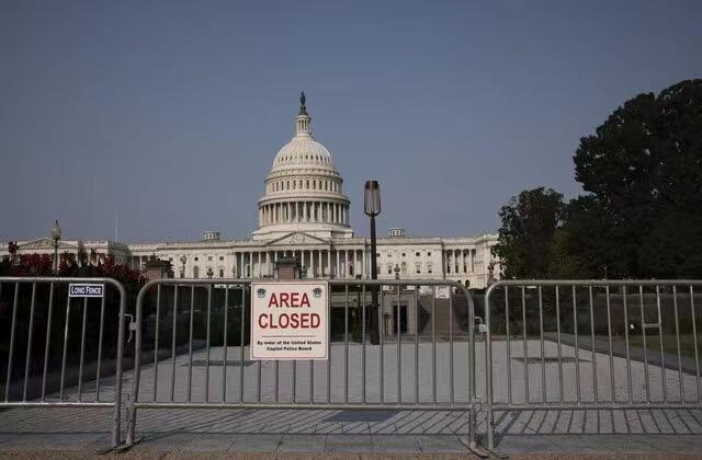 美国国土安全部警告:18日右翼团体示威集会的参与者或将使用暴力