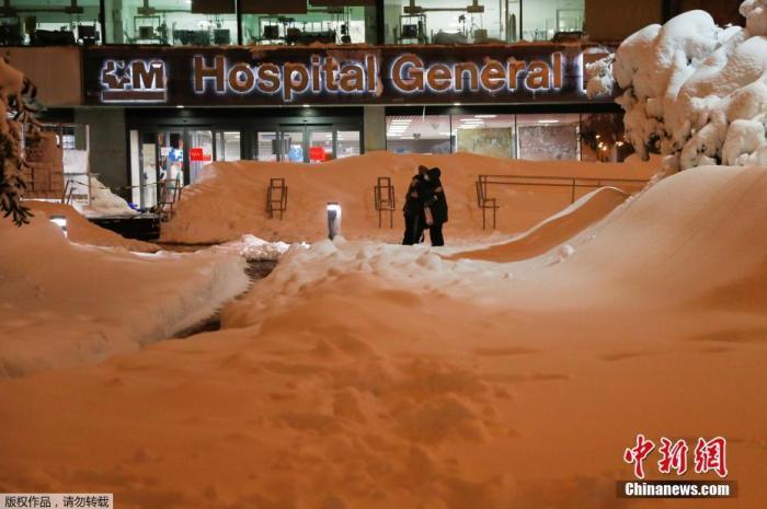 在疫情和暴风雪的双重打击下, 西班牙医生