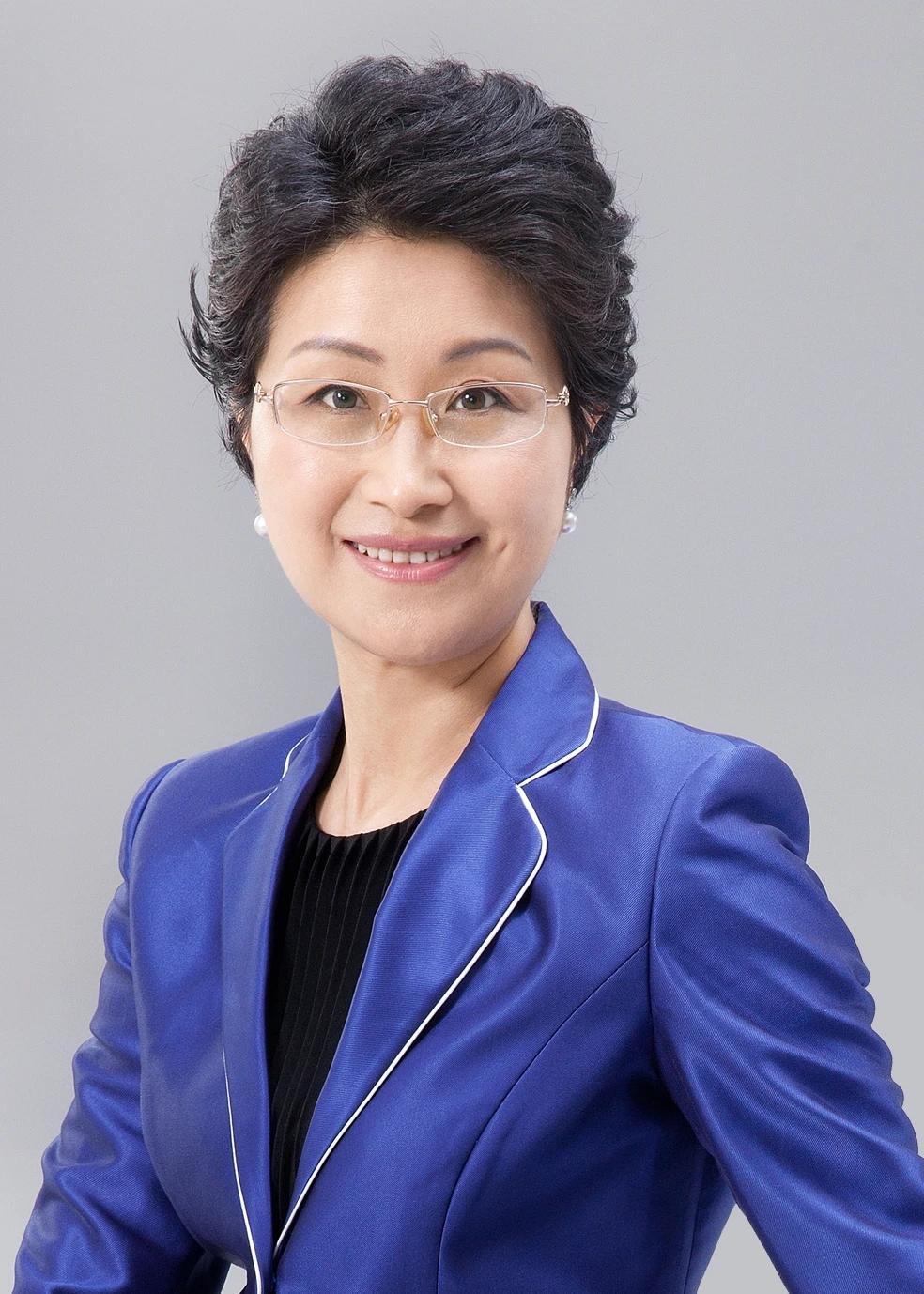 辞别华晨宝马,杨美虹加盟福特任福特中国传播及企业社会责任副总裁