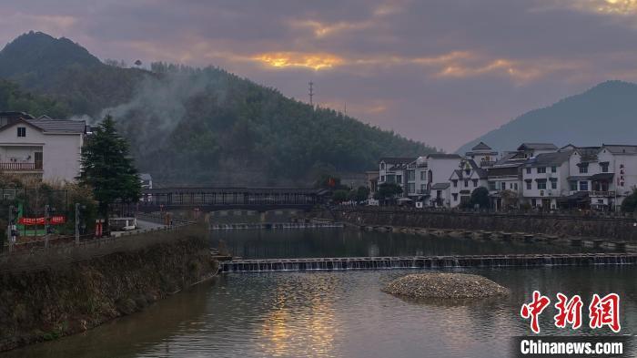 浙江:2025年实现县城、乡镇及重点行政村5G信号全覆盖