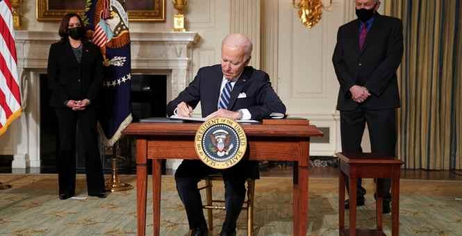 美国新总统拜登签署多项气候政策并发表讲话