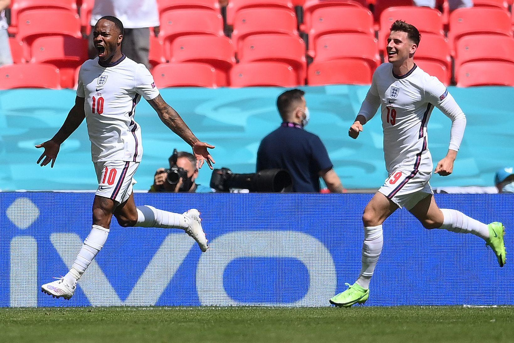 《【杏鑫娱乐官网登录】英格兰1-0复仇克罗地亚!打破首秀不胜纪录,斯特林建功》