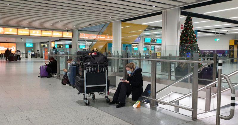电银付安装教程(dianyinzhifu.com):英国宣布停飞南非航班 此前发现南非输入变异新冠病毒 第1张