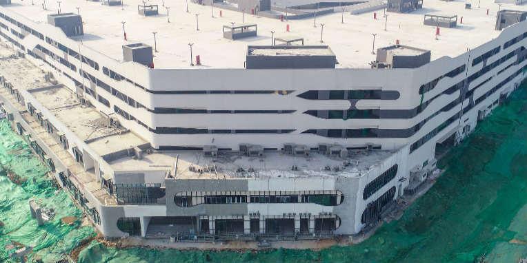 全国最大装配式整体停车楼主体结构建成 可停6000辆车