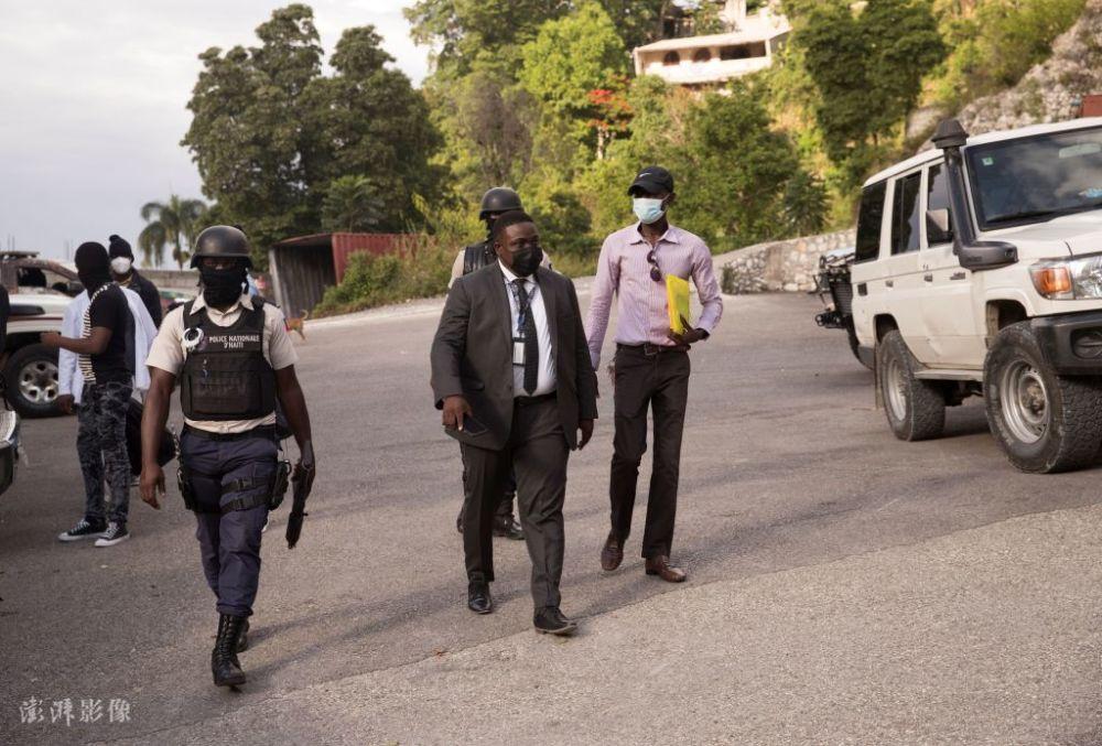 美国FBI协助调查海地总统遇刺身亡 现场搜集证据插图(1)