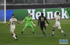欧联1/4决赛:罗马队晋级半决赛