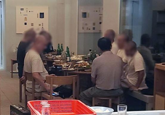 """《【欧亿平台安卓版】疫情下开""""饮酒派对""""被举报后,韩国著名寺庙僧人被罚款》"""