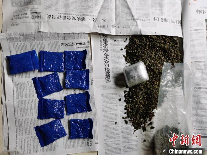 《云南普洱警方公布多起毒品案:茶叶书籍油管均成藏毒工具》