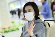 57岁关之琳口罩遮面难掩气质 尽显优雅