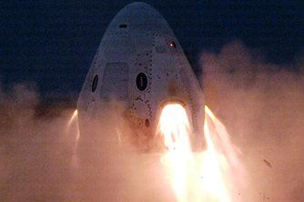 """美国载人""""龙""""飞船完成静态点火测试"""