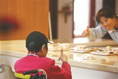 中国阿尔茨海默症创新药临床试验太短? 牵头人回应