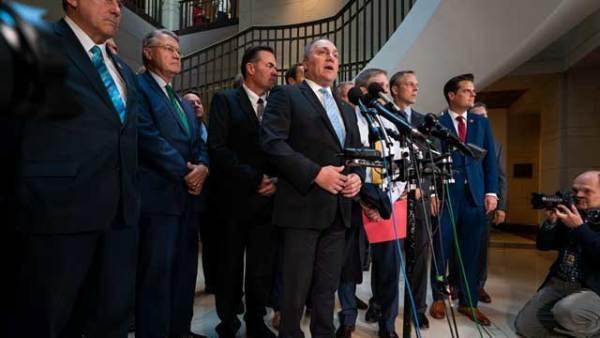 美共和党议员抗议特朗普弹劾调查