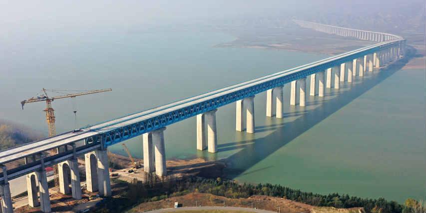 实拍吉铁路三门峡黄河公铁两用大桥?创造三个世界第一