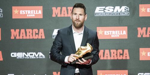梅西领取第六座欧洲金靴:连续三年获奖