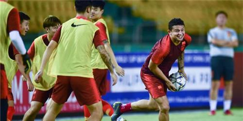 世预赛:中国队在菲律宾进行赛前训练