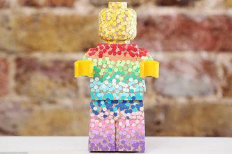 樂高發布木制大人仔 快用創意還原你的童年木頭娃娃