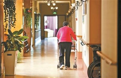 走近养老院中的阿尔茨海默病患者