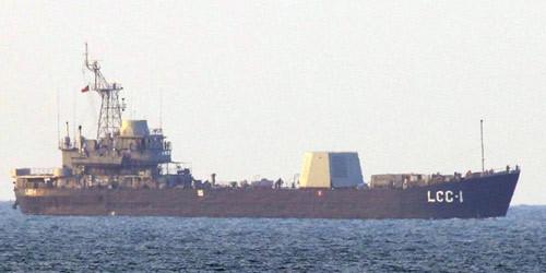 """台湾""""神盾舰""""雷达现身海试 想追赶大陆已是望尘莫及"""