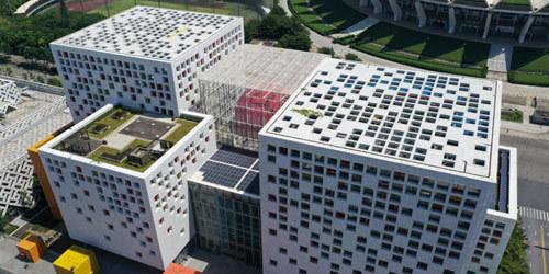 佛山现巨型立方体二维码建筑群 市民:看到就想扫一扫