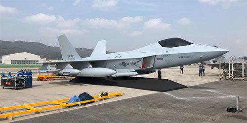 韩国防务展上正式展示自研五代机全尺寸模型