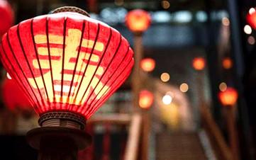 关注 | 春节出游成风尚 在外过年亦团圆