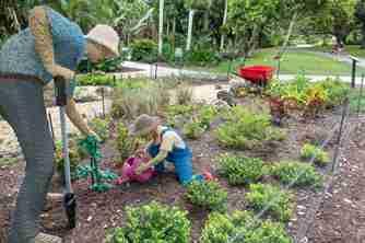 美国佛州举办自然主题展乐高积木打造花园天堂