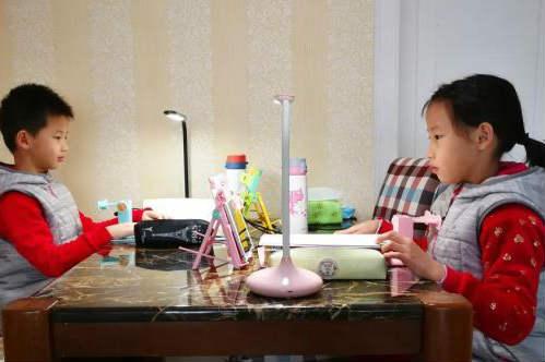 四川:延迟开学耽误的教学时间可通过周末和暑期补齐