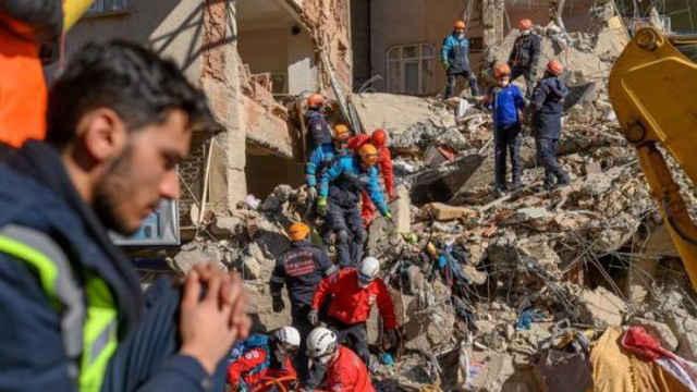 土耳其:强震遇难者遗体已全部找到