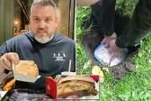 英男子将汉堡薯条埋在地下14个月后 挖出来吃了