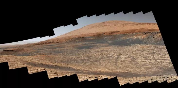 """NASA""""好奇号""""火星车开启火星上的""""夏季旅行"""""""