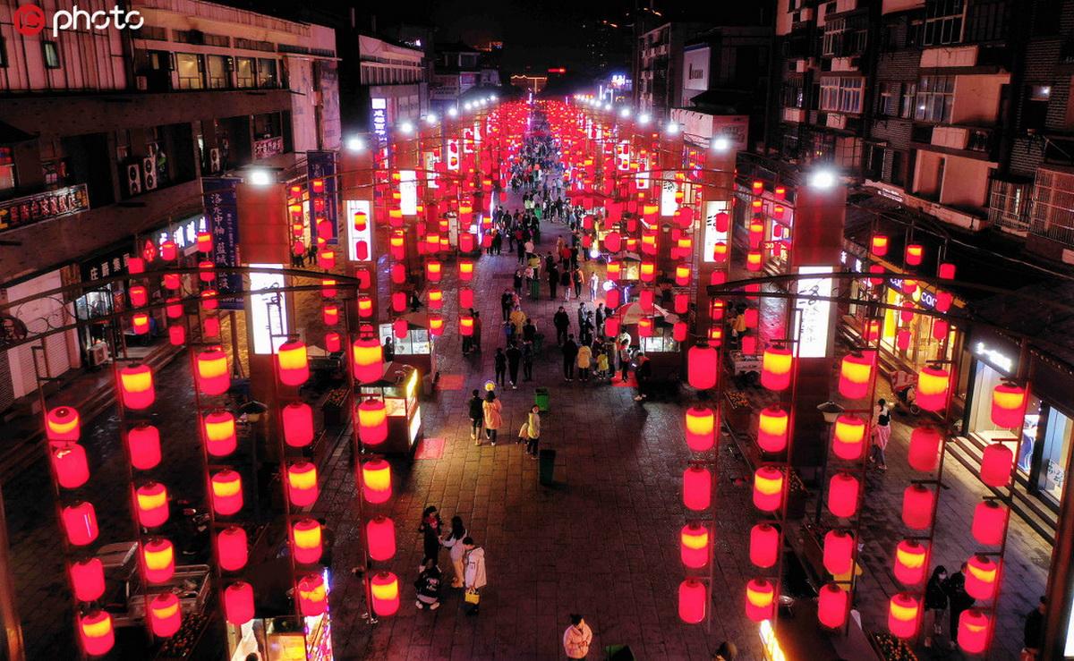 河南洛阳著名小吃街?老城区十字街夜市重新开市