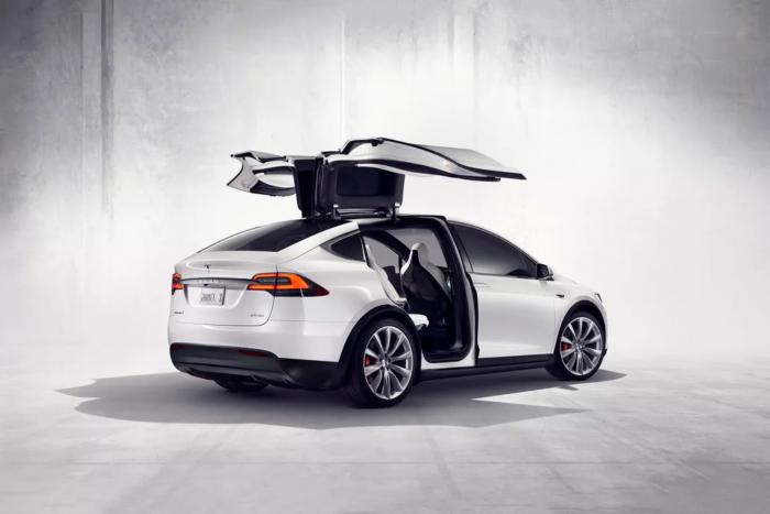特斯拉近日提高了长续航版Model S和Model X的续航里程