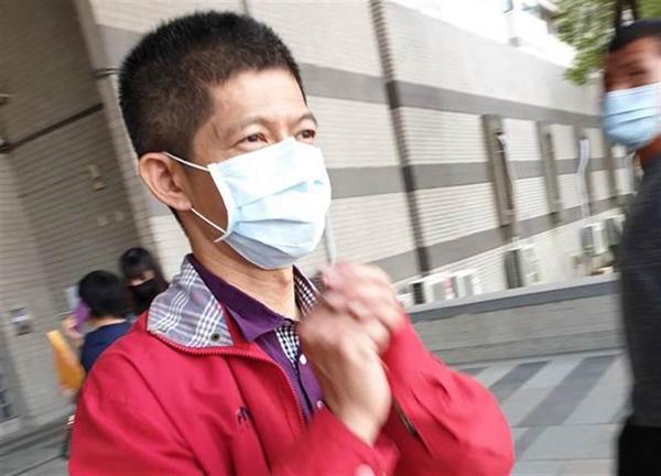 陈菊前摄影官因潜入韩国瑜办公室行窃获刑10个月