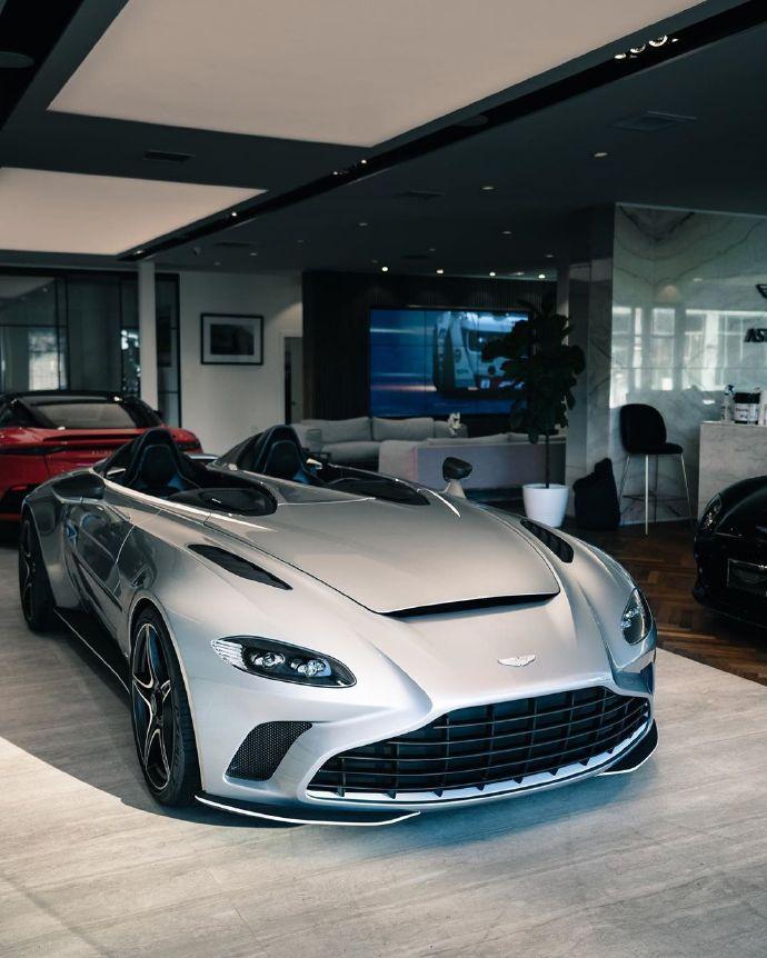 88 AstonMartin的全球极限