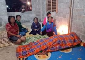 泰国一父亲把家里仅剩的被子给女儿自己被活活冻死