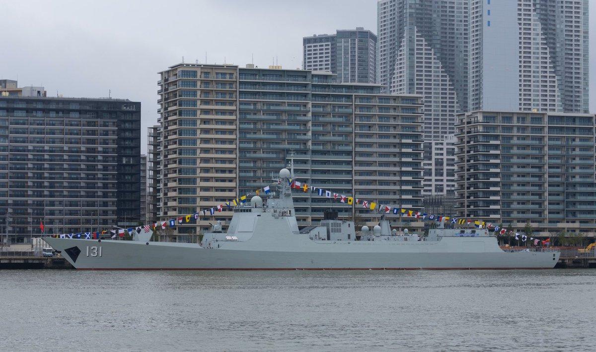 中国海军时隔十年故地重游:楼还是那些楼,但军舰已今非昔比