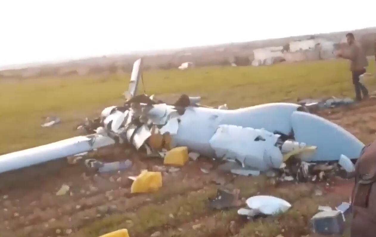 叙利亚击落一架土耳其无人机当时正准备攻击叙军目标