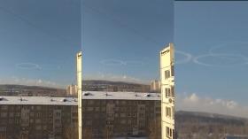 """俄罗斯一城市上空出现神秘""""圆环云""""被疑是UFO造成"""