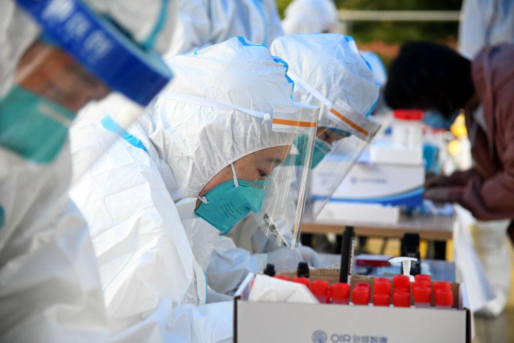 千万人口城市的全员核酸检测如何在5天内基本完成?青岛全员核酸检测观察