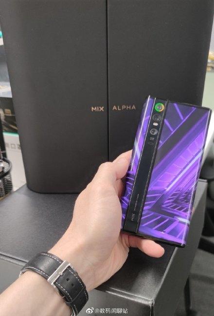 大V晒MIX Alpha开箱照:网传升级骁龙865准备开卖?