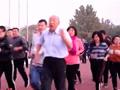 坚强核!85年老人坚持跑步43年 毕竟里程绕地球近4围绕