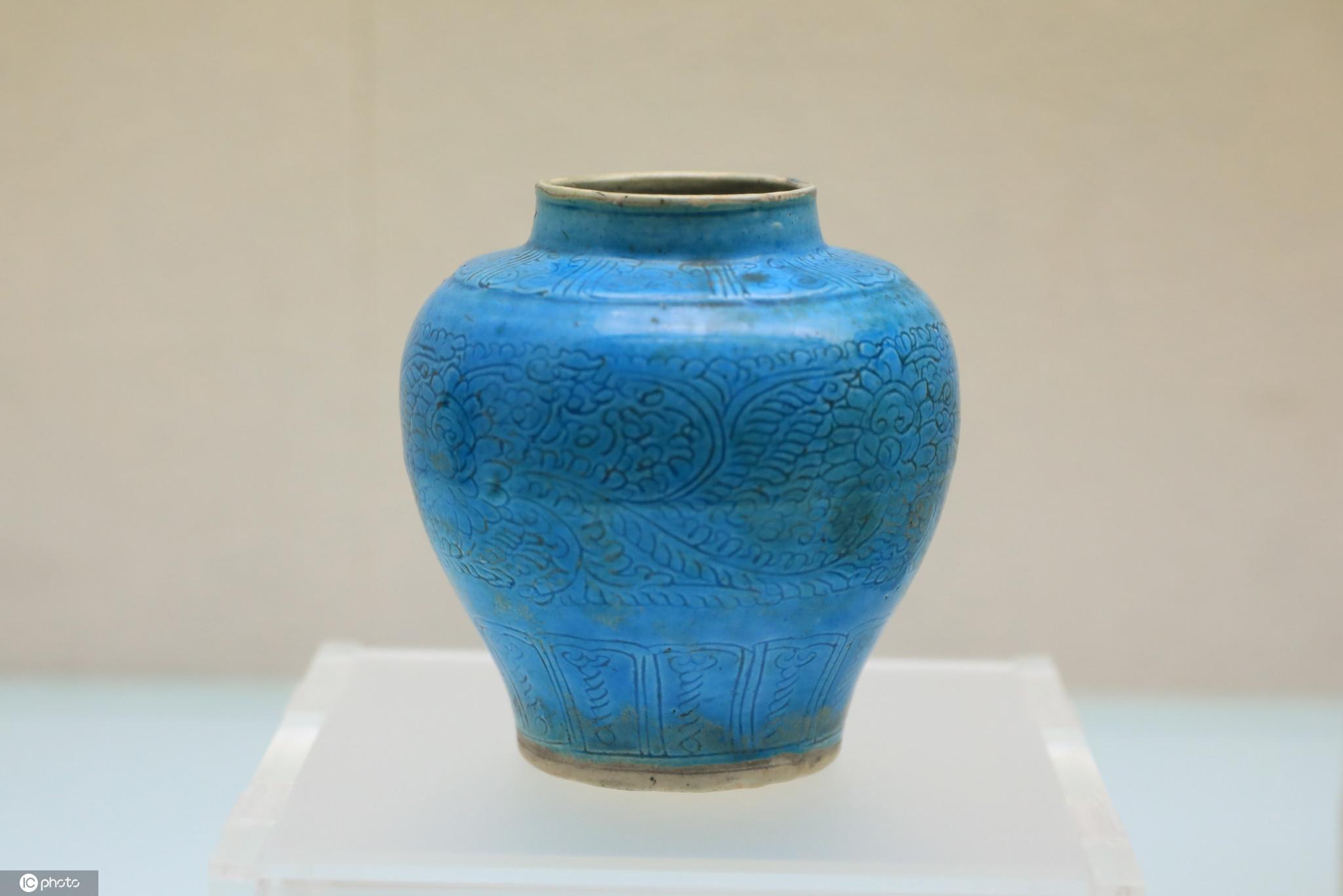 山西博物院展出唐宋圆明清瓷器珍品