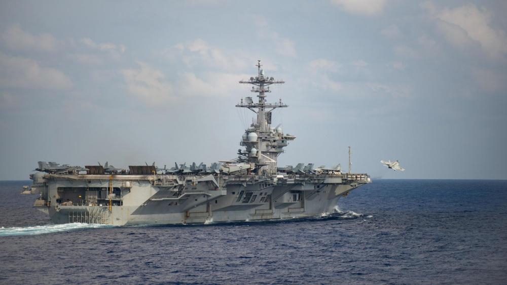 """""""罗斯福""""号航母超过200人确诊,舰长求助:没必要让水兵们送死"""