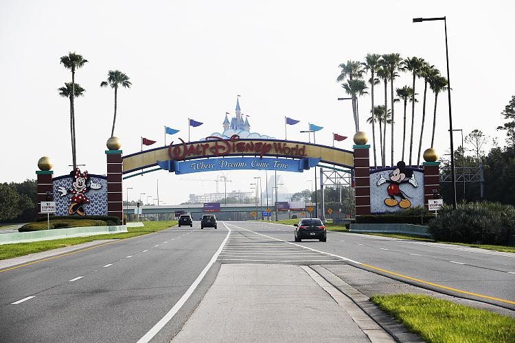 美佛州成疫情中心奥兰多开放迪士尼公园