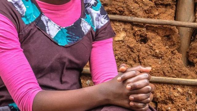 环球国际官网:家人换得4头牛,肯尼亚12岁女孩一个月先后嫁人两次 第1张